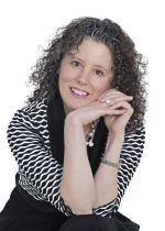 Randi Redmond Oster: Award-winning author of Questioning Protocol headshot